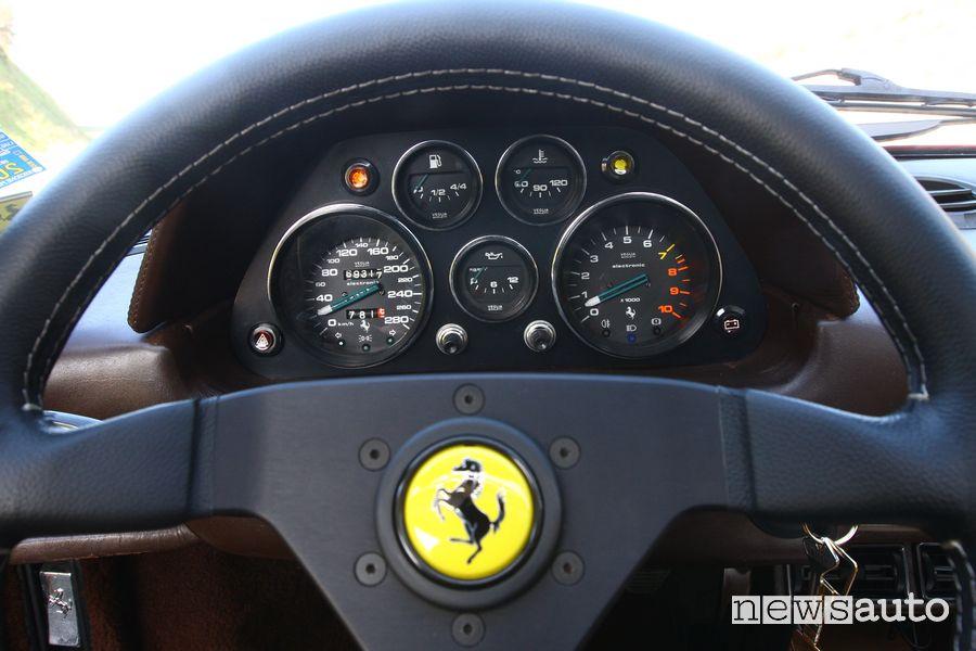 Cruscotto abitacolo Ferrari 308 GTS Magnum P.I.