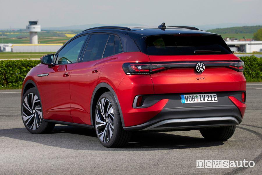 Vista posteriore nuova Volkswagen ID.4 GTX