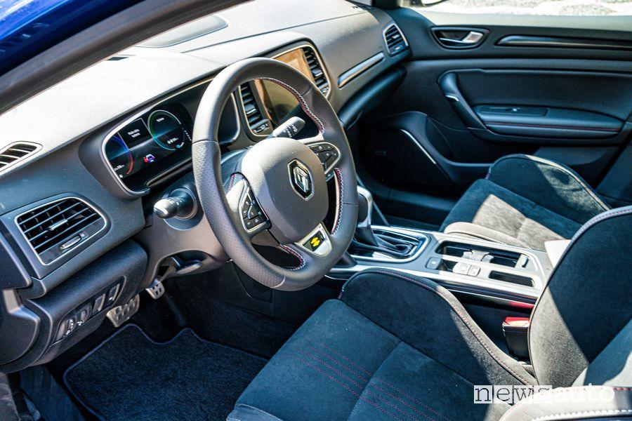 Volante abitacolo Renault Mégane E-Tech Plug-in Hybrid RS Line