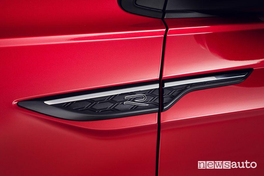 Badge R-Line nuova Volkswagen Taigo