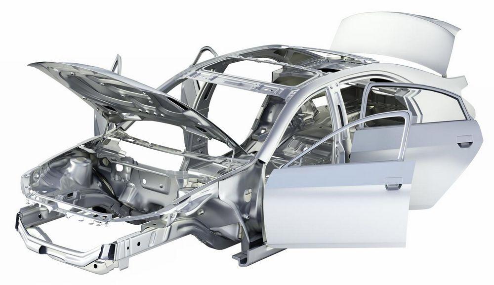 Auto incidentata danni al telaio
