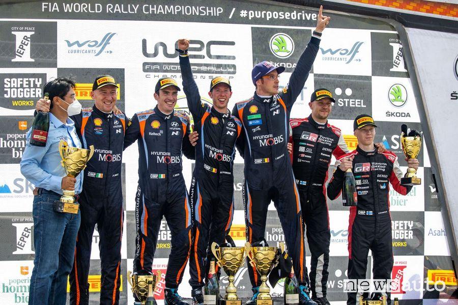 Il podio finale con la doppietta Hyundai nel Rally di Ypres
