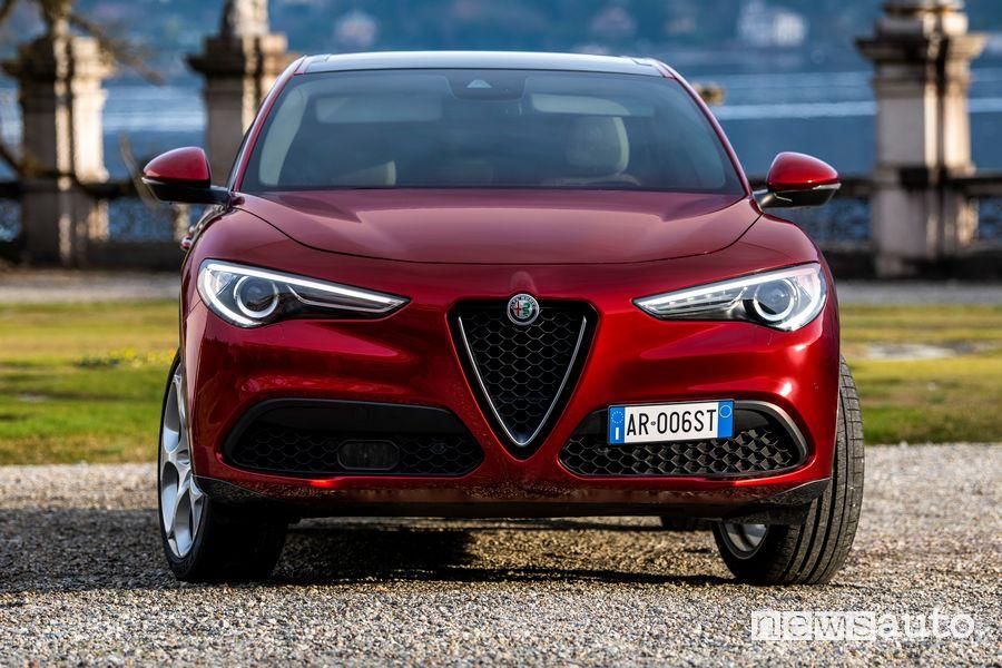 """Frontale Alfa Romeo Stelvio """"6C Villa d'Este"""""""