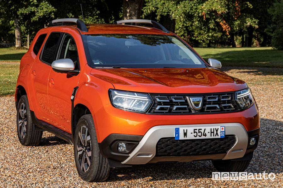 Vista di profilo nuovo Dacia Duster 4x2 Arizona Orange