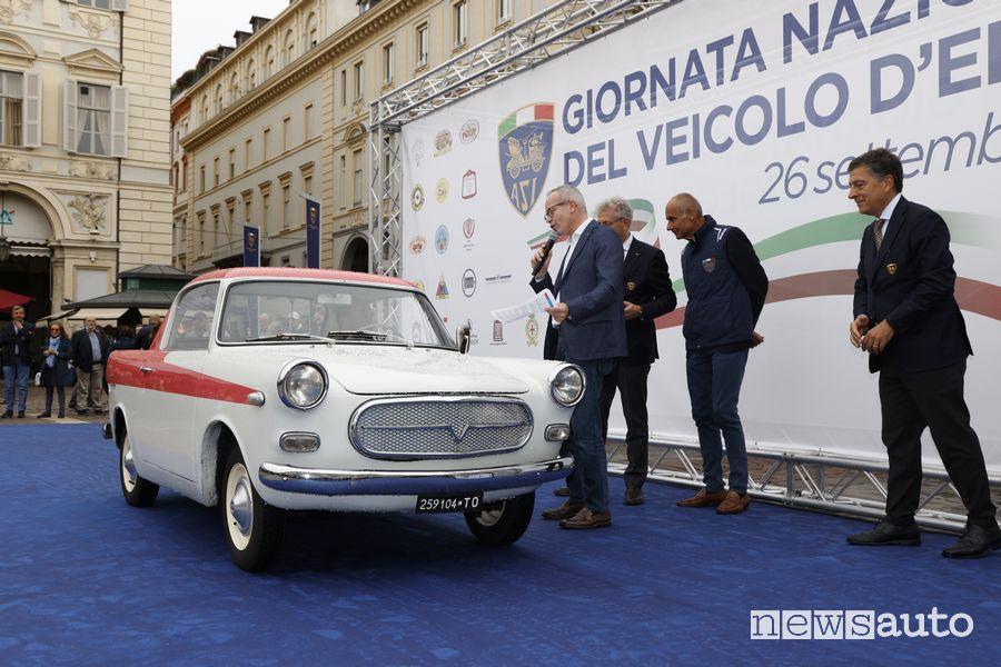 Festa delle auto storiche nella Giornata Nazionale del Veicolo d'Epoca