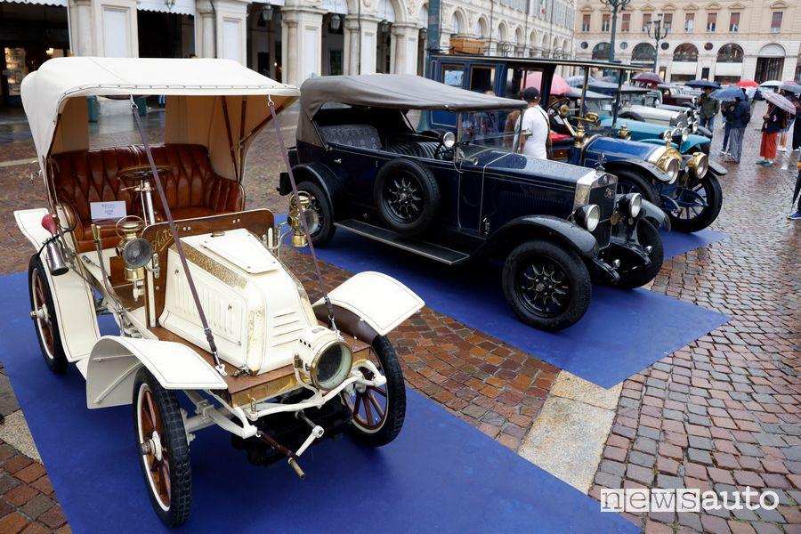 Esposizione auto storiche in Piazza San Carlo a Torino
