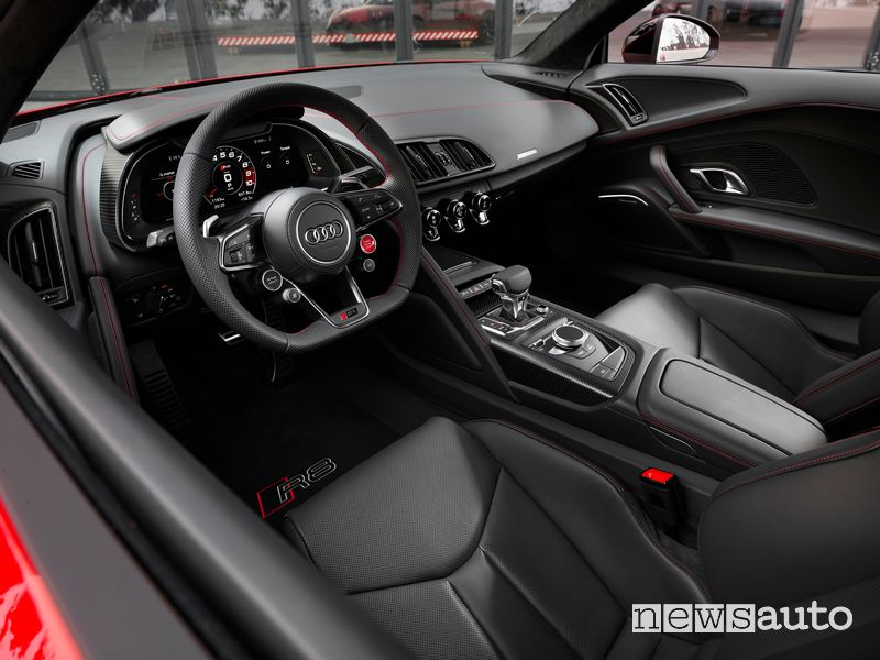 Abitacolo Audi R8 Coupé V10 performance RWD