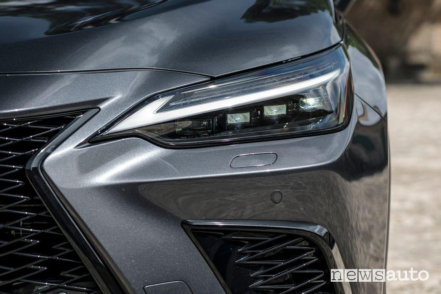 Faro anteriore nuova Lexus NX 450h+